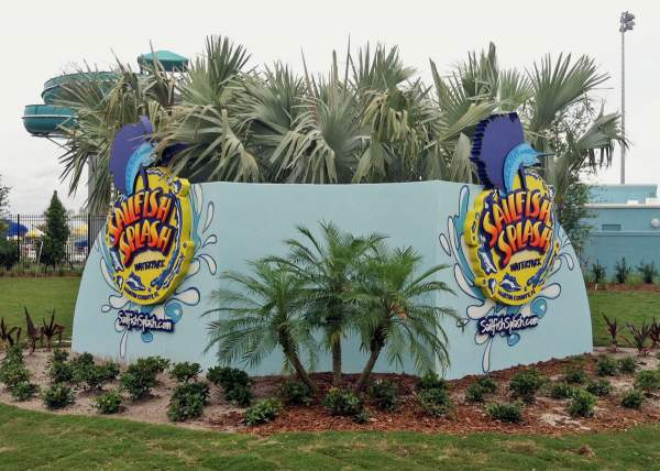 Sailfish Splash Waterpark Sign