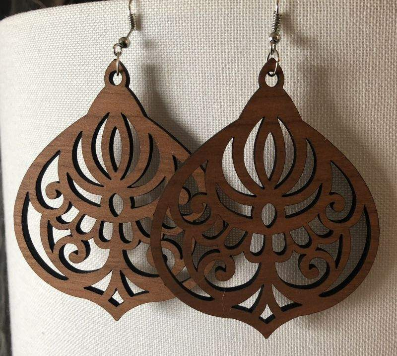 Wood earrings, variety of design and sizes
